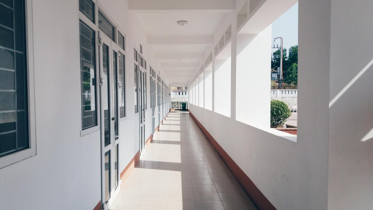 西班牙學校完整指南:公立、私立、雙語和國際學校