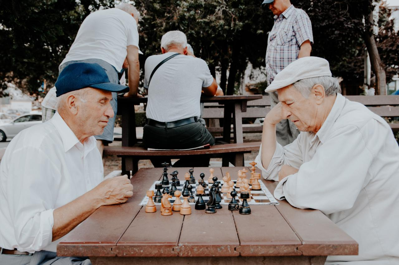 居家和養老院護理:英國的老年護理