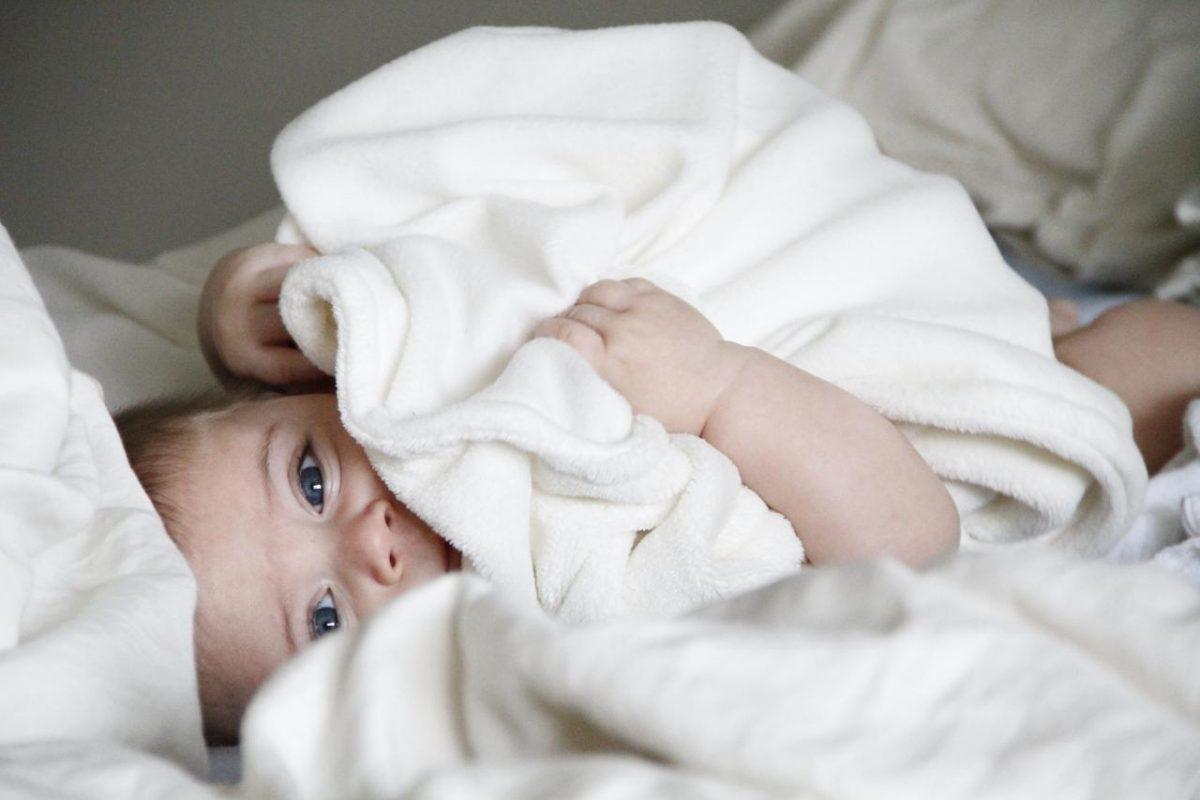 西班牙嬰兒取名:流行的名字和命名傳統