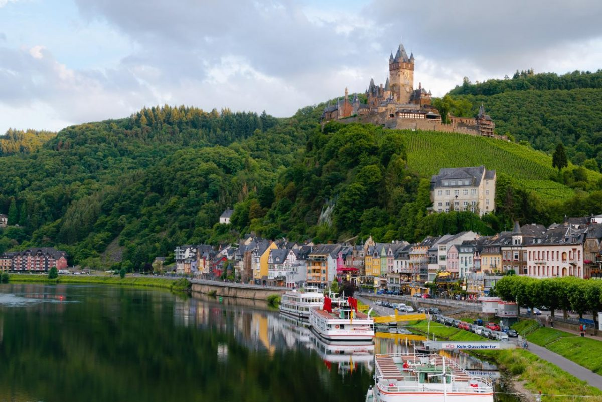 Family reunion visas to join a relative or partner in Germany